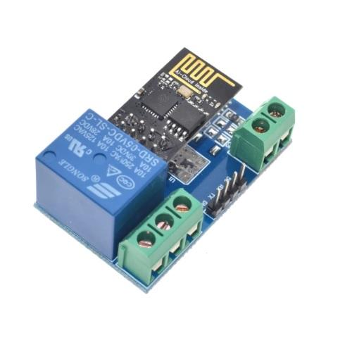 ESP8266 modul z relejem 02