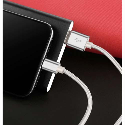 iPhone USB kabel 05
